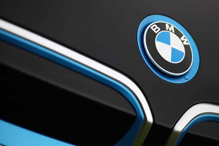 BMW, Intel dhe Mobileye do të prodhojnë makinën e parë plotësisht të automatizuar në 2021
