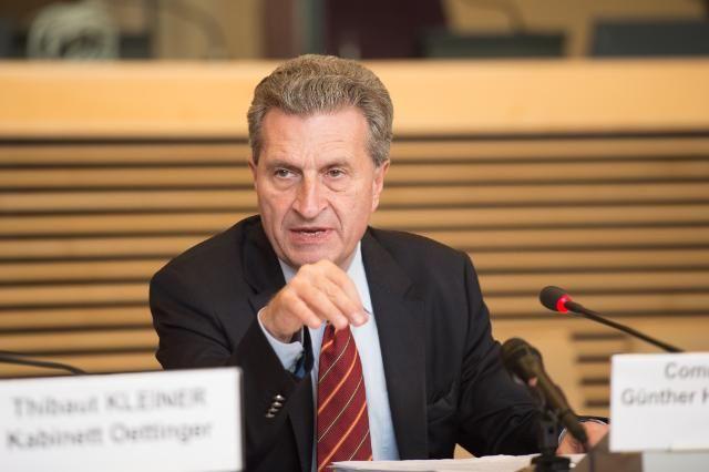 Liderët e telekomunikacionit premtojnë 5G-në brenda 2020-tës nëse zbuten ligjet e neutralitetit