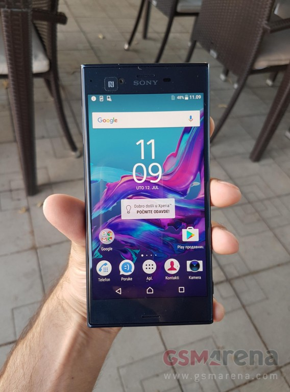 Sony Xperia Z6 shfaqet në foto live me ndryshime drastike në dizajn