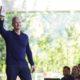 Apple shet 1 miliard iPhone, vijon rënia e të ardhurave