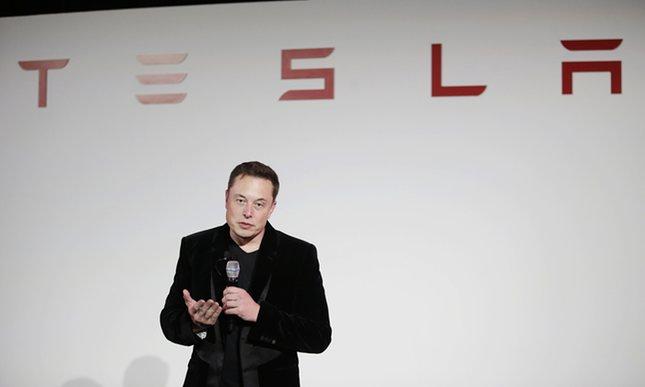 Tesla prezantoi modelet e reja të makinave elektrike S dhe X