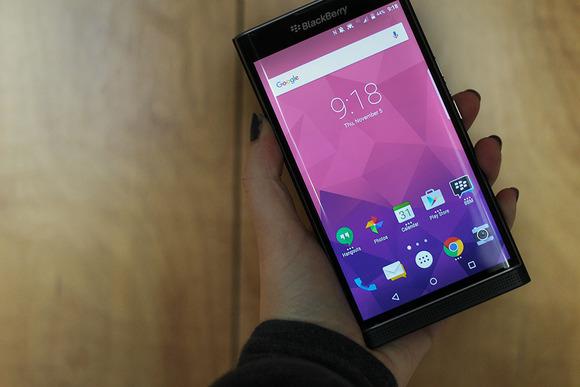 BlackBerry Hub mbërrin në Google Play Store për të gjithë përdoruesit Android
