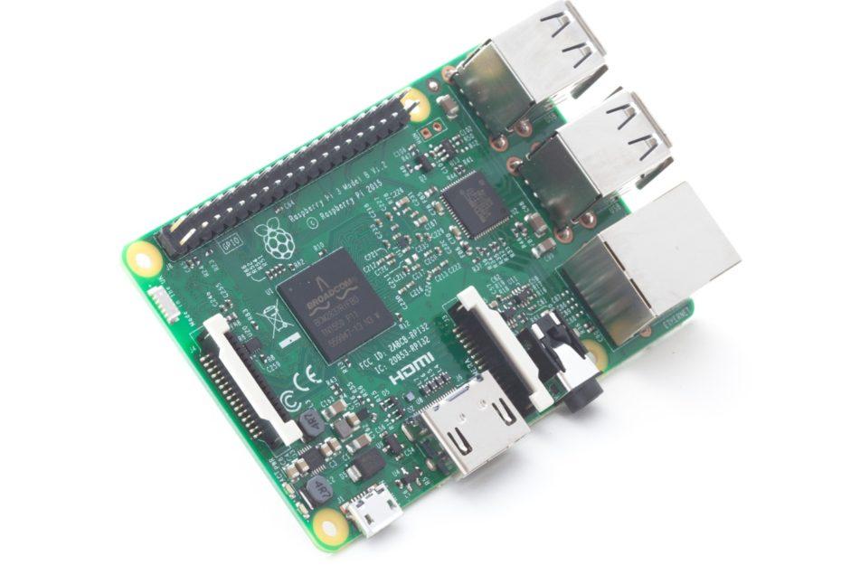 Raspberry Pi shet 10 milion mini kompjutera, prezanton një pako aksesorësh për Pi