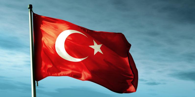 Turqia bllokon qasjen në Google Drive, OneDrive dhe Dropbox pas publikimit të 57,623 e-mail-eve të zyrtarëve të lartë