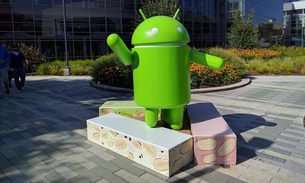 Android arrin shifra rekord, përbën 87.5% të shitjeve të telefonëve në mbarë botën