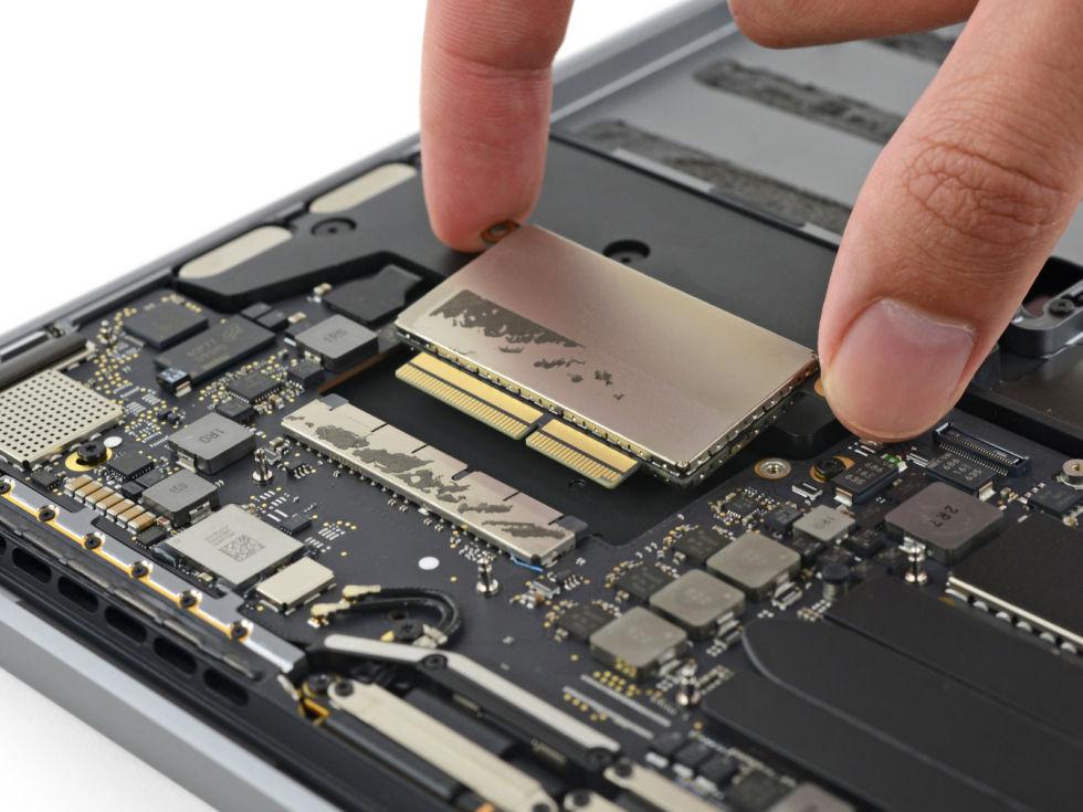 Modelet e reja MacBook Pro janë tejet të vështirë për tu riparuar