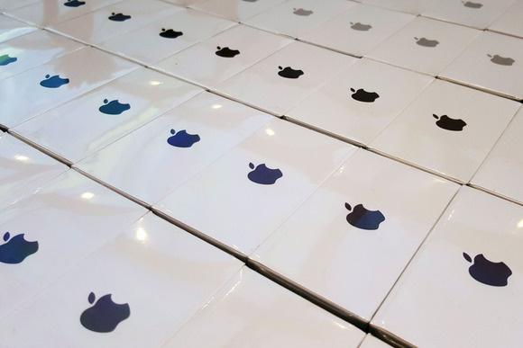 Prodhuesi i ekraneve të iPhone blen kompaninë e ekraneve OLED, Joled