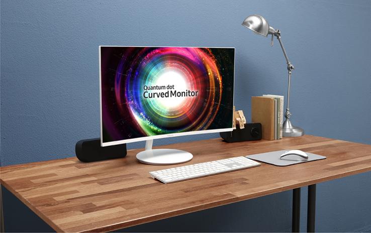 Monitori i ri Samsung CH711 me ekran të lakuar i dedikohet gamerave