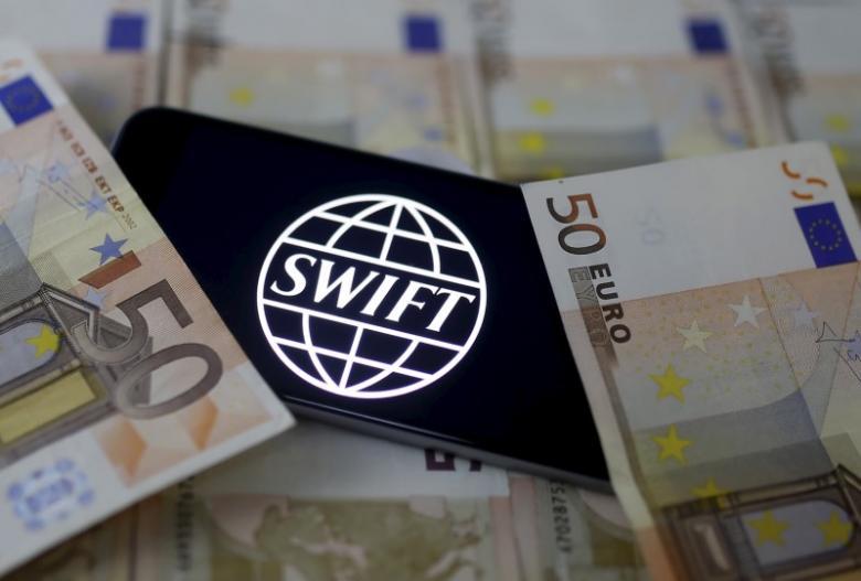 SWIFT paralajmëron bankat, raporton sulme kibernetike të sofistikuara