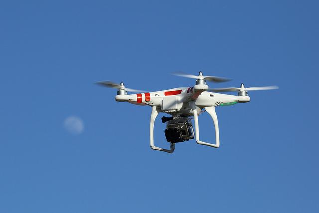 Posta franceze merr dritën jeshile, dronët francezë fillojnë dërgimin e pakove