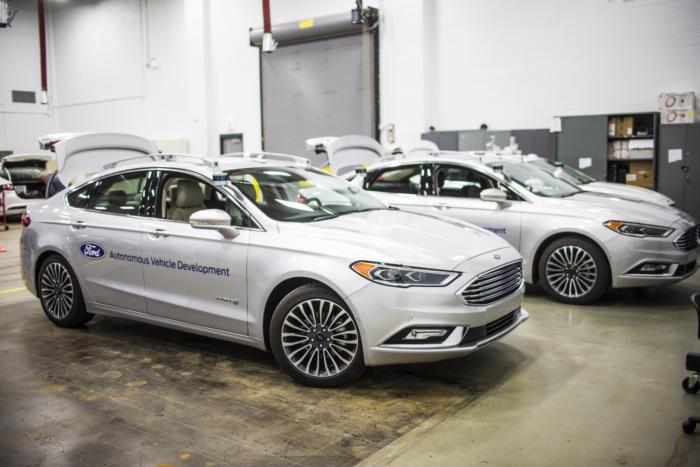 Ford prezantoi gjeneratën e re të makinave të automatizuara