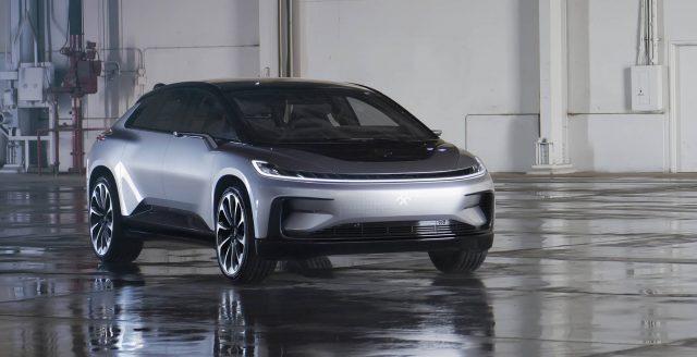 Faraday Future ballafaqohet një test kritik me makinën e re elektrike