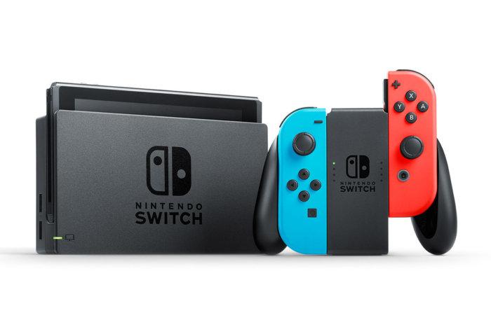 Nintendo zhgënjen me konsolën 299 dollarëshe Switch