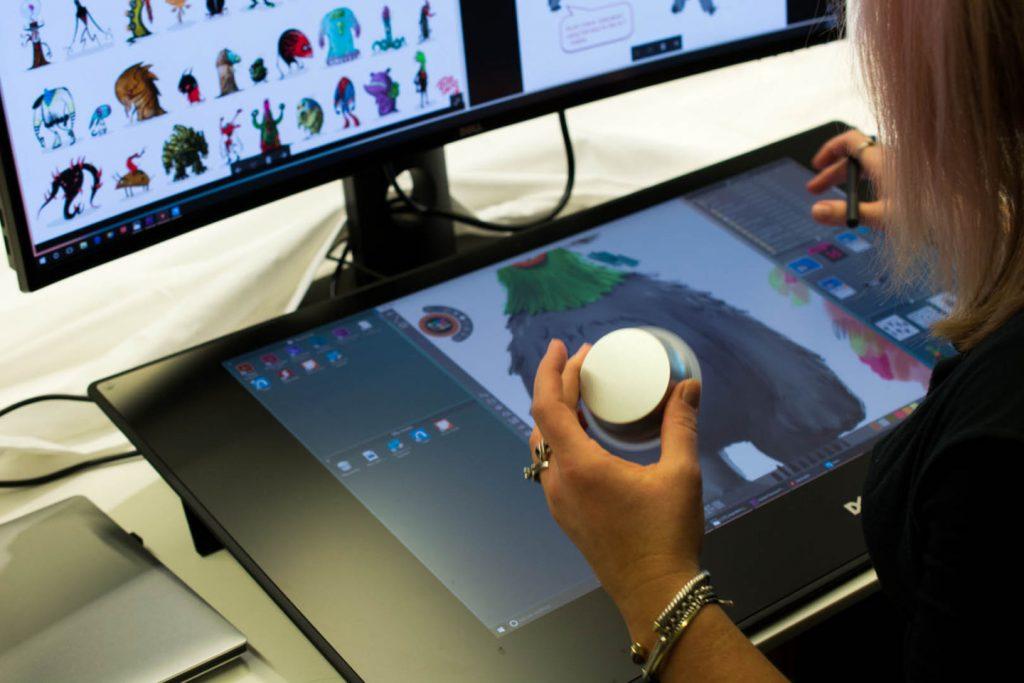 Dell Canvas është një ekran 27 inç i stilit të Microsoft Surface Studio