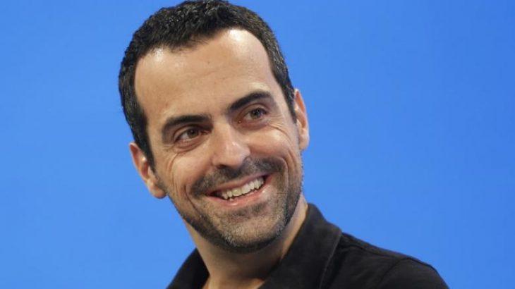 Hugo Barra emërohet në krye të realitetit virtual të Facebook