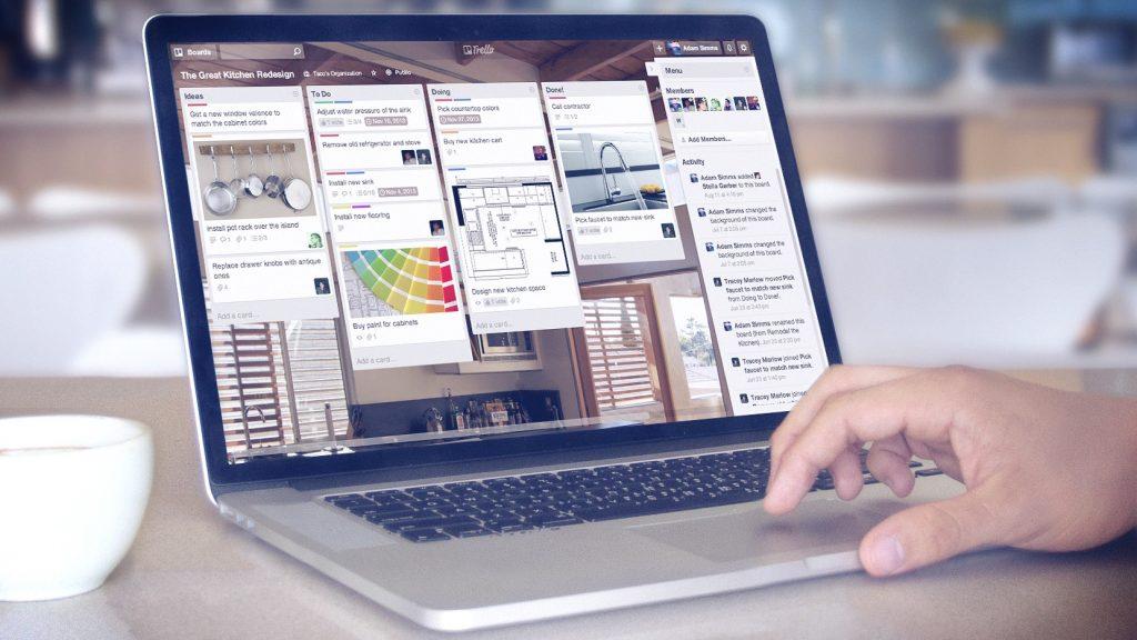 Atlassian blen zhvilluesin e aplikacionit të menaxhimit të detyrave Trello