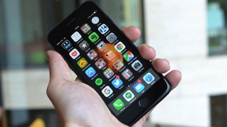 Apple iPhone 7: Sa i mirë është një telefon bateria e të cilit nuk mban as një ditë të vetme?