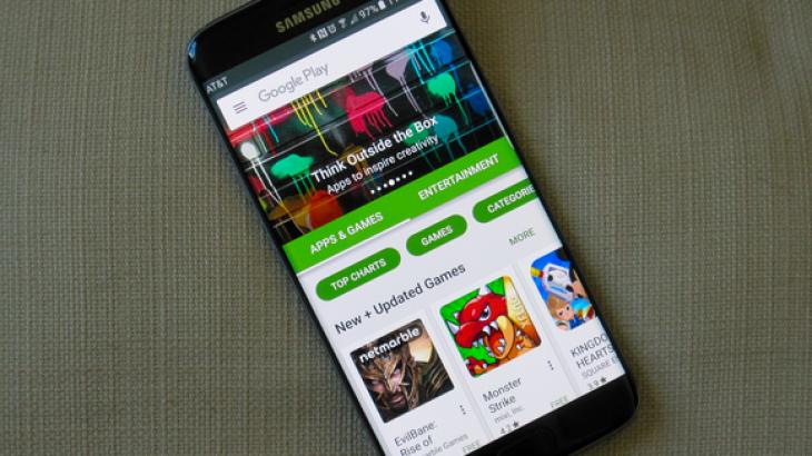 Google i shpall luftë mashtrimit në Play Store, sulmon vlerësimet e rreme